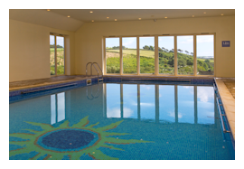 Holiday cottages with indoor pool