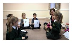 Teaching primary school children a new language